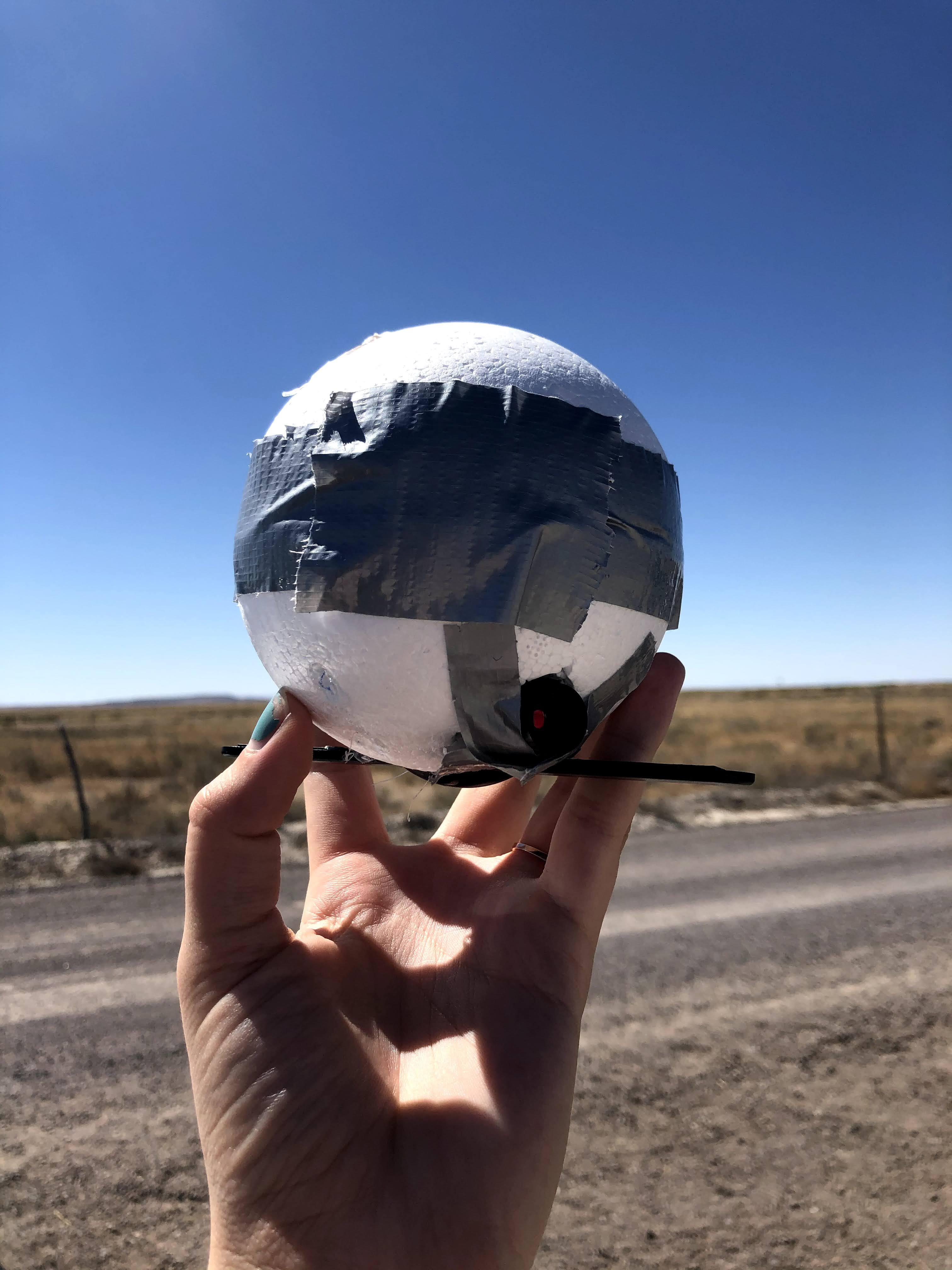 Project, styrofoam ball with Arduino hanging out